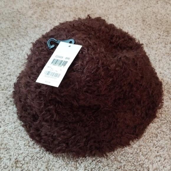 e7749ac3f30 NWT Brown Cejon Hat